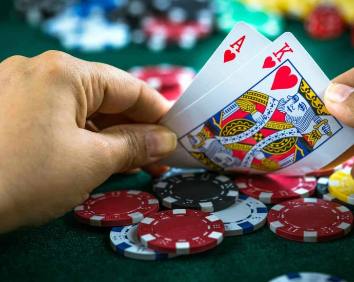 Dip Into The Best Online Poker Site
