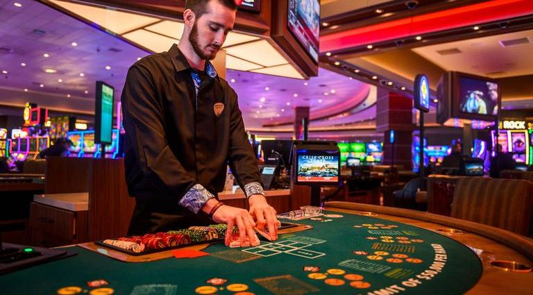 Free Online Casinos - Play Slots & Games For Prizes