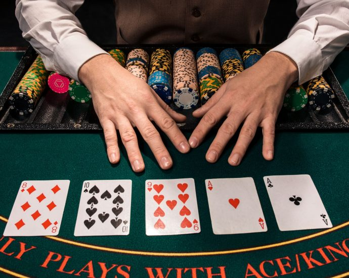 Fb Pages To Observe About Online Gambling