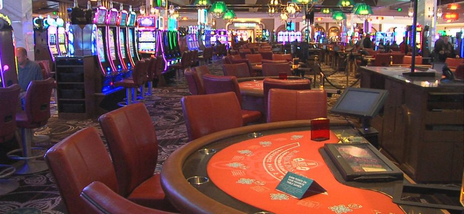 Three Tips With Online Gambling